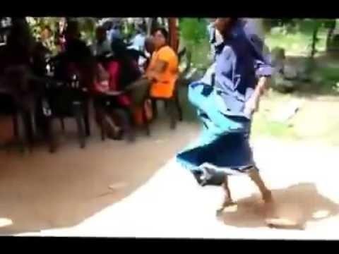 Morrer de rir - dança bas do Sri Lanka thumbnail