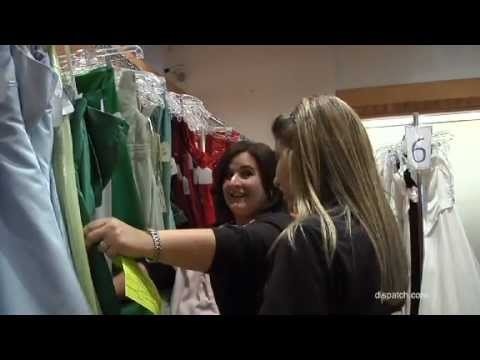 Fairy Goodmothers give away prom dresses in Columbus - YouTube
