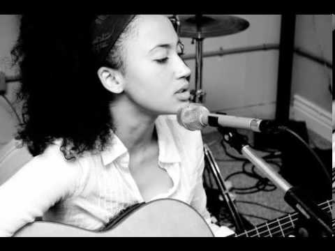 Andy Allo - Yellow Gold