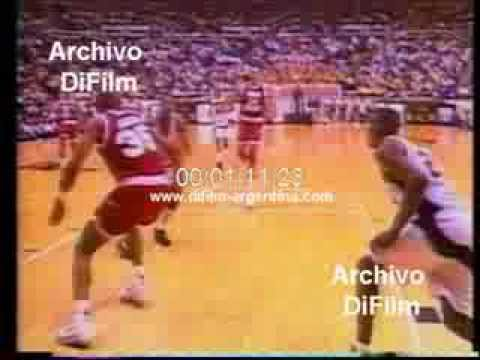 DiFilm - Glenn Robinson in Purdue University - basketball 1994
