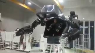 Humanoid robot hand test by Korea Future Tech