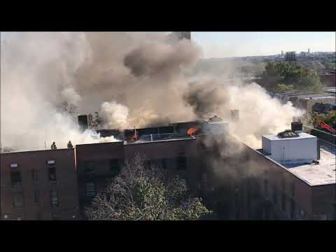 FDNY BOX 2845 - FDNY BATTLING MAJOR 5TH ALARM FIRE IN MULTIPLE DWELLING ON WATSON AVE., THE BRONX.