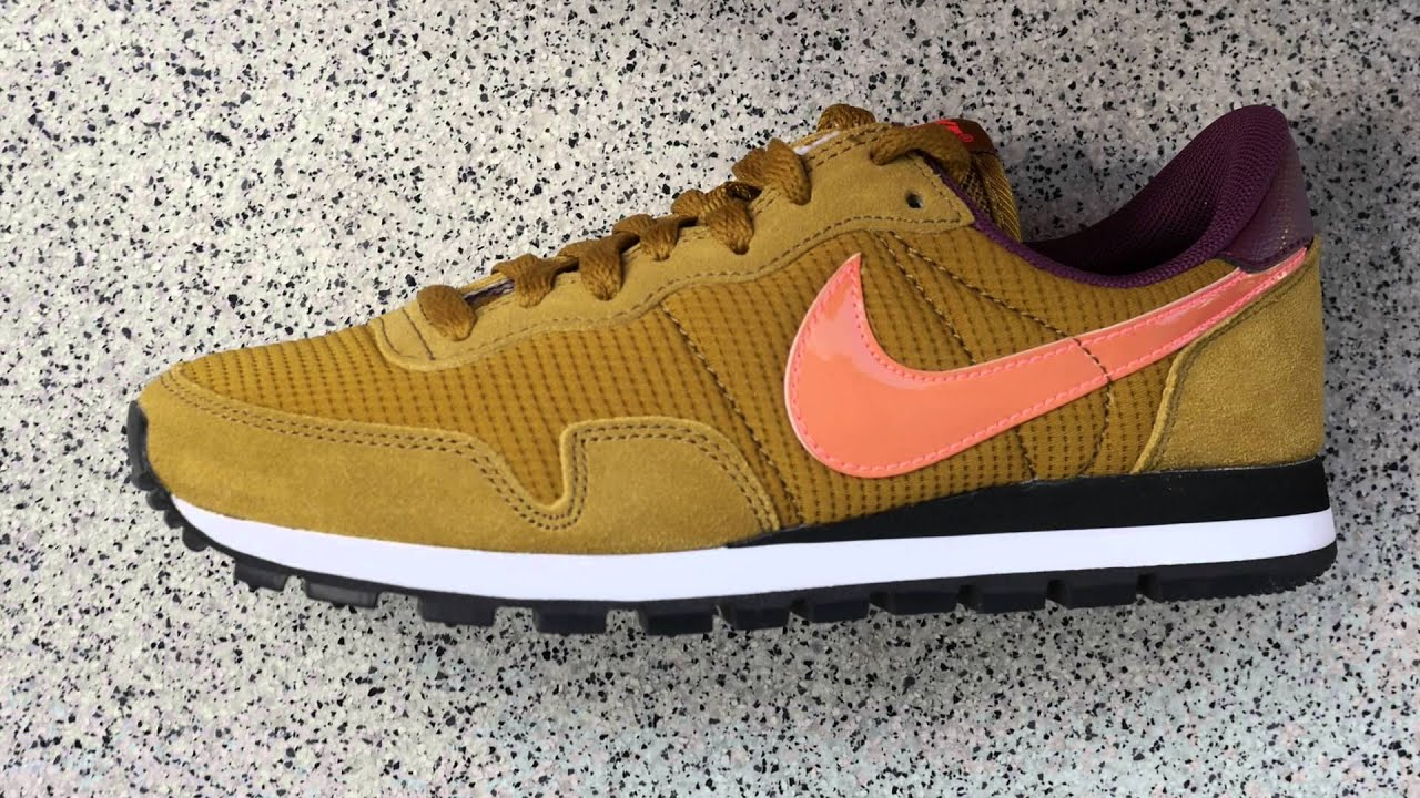 98ca0152164 Nike Air Pegasus 83 WMNS in bronzine hot lava - Review - YouTube