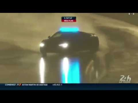 Audi R8 Safety Car at Le Mans 2016 - BIG drift in the wet