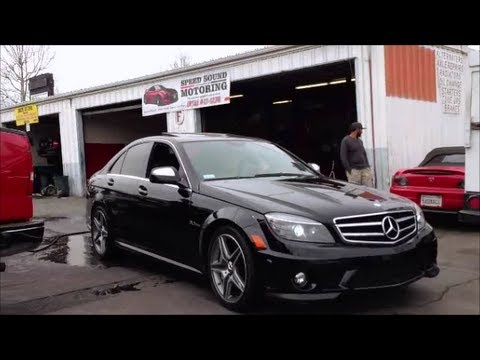 Mercedes benz c63 6 3 amg burnout and 0 60 driving around for Mercedes benz 0 60