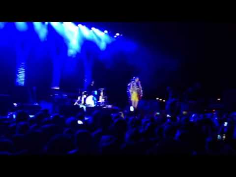 Maps by Yeah Yeah Yeahs, Seattle 8/12/13