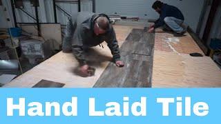 Baixar Luxe Elite luxury fifth wheels HAND LAID flooring