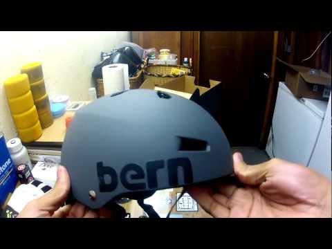 Unboxing: Bern Helmet