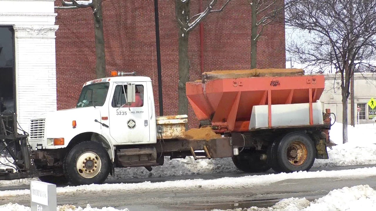 ARDOT crews working to clear roadways from additional snowfall