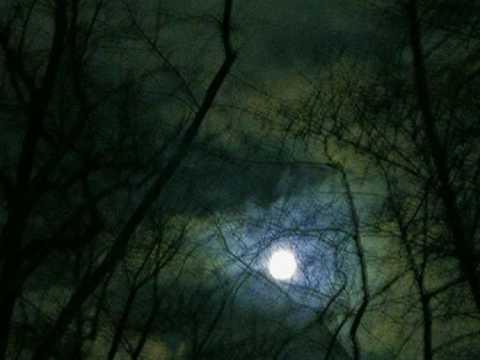 Frumoasa ca Luna