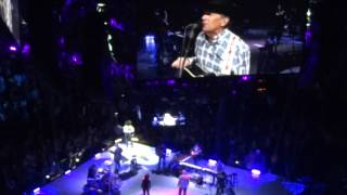 """Nobody In His Right Mind Would've Left Her"" George Strait LIVE Nashville"