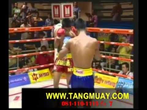 มวยไทยออนไลน์.com มวยไทยสยามอ้อมน้อย (ช่อง 3 ) 15 - 6 - 56 (พากย์สดมวยหู)
