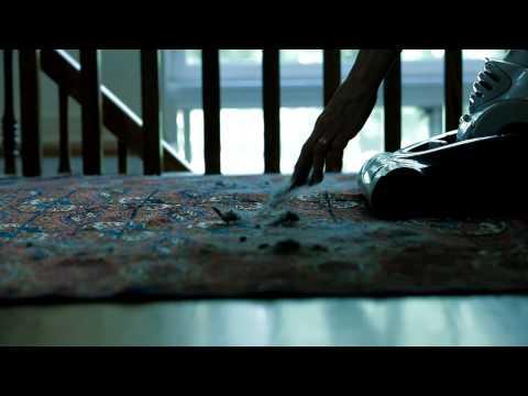 Sirena Bagless Vacuum  Cleaner