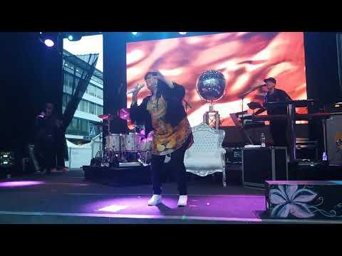 Kaija Koo  Minun tuulessa soi /Live / @Rotuaari piknik2017