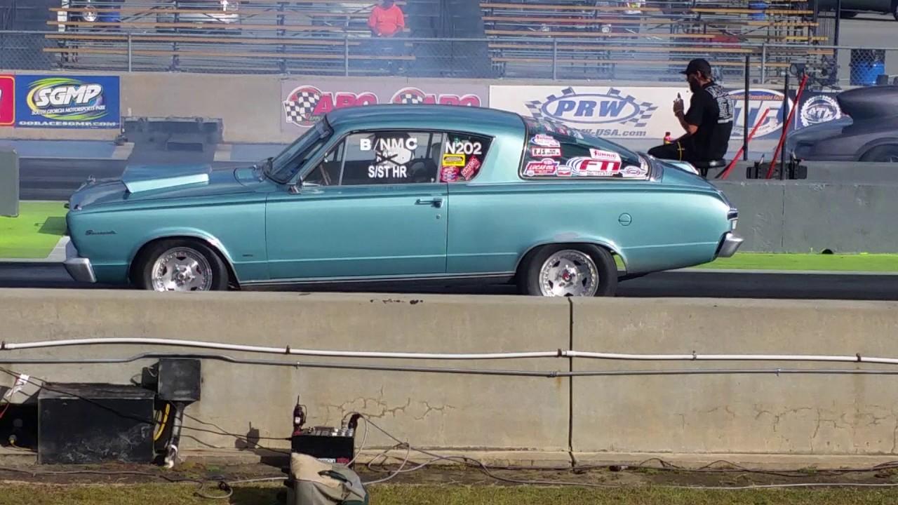 1966 barracuda racing a pro mod