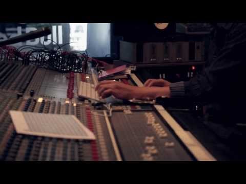 Red Bull Studio Madrid: Howe Gelb + Steve Shelley
