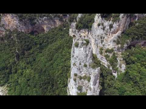 Ardèche Gorge France (Kayak) -  Aerial Footage DJI Phantom 3 Advanced