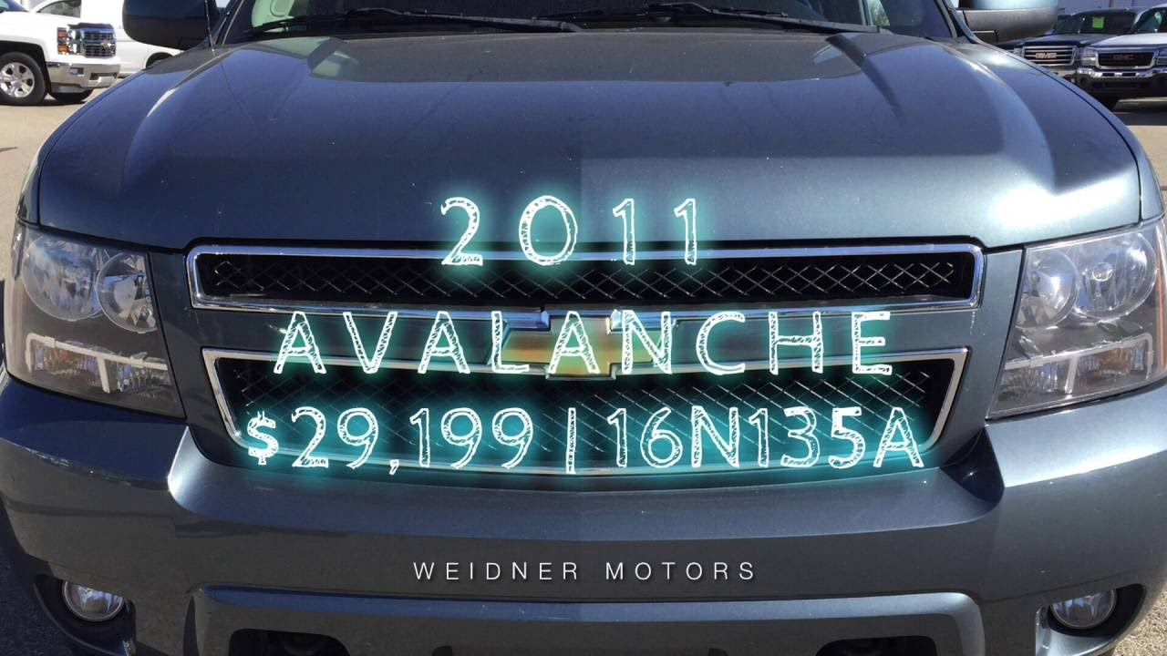 Used 2011 Chevrolet Avalanche * Blue/Grey* / Stock 16n135a. Weidner Motors Ltd.
