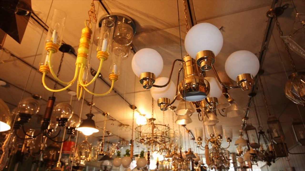 Ceiling Lights With Pull Chain