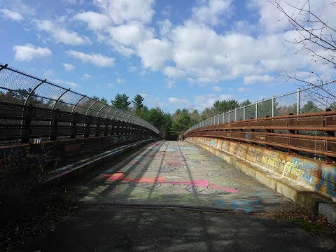 The Abandoned Newburyport Turnpike!