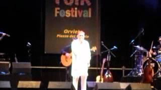 Peppe Barra - Pigliate 'na Pastiglia - Umbria Folk Festival