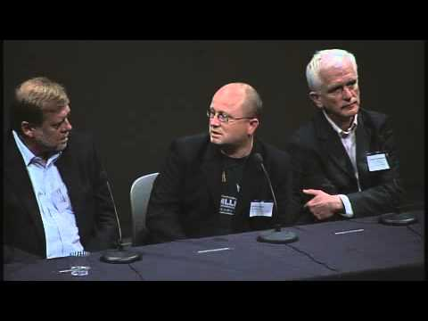 Exhibition Issues for Panel Paintings: A Panel Discussion