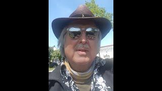 Harry Hut mit einem Gedicht über seine Heimatstadt Trier