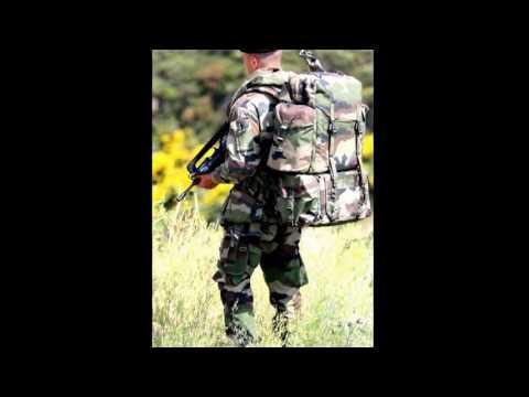 Fashion Kaki surplus militaire & Airsoft  à 95260 Beaumont Sur OIse, IDF