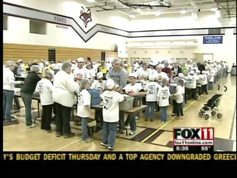Fox Valley Lutheran schools packing meals for Zambia