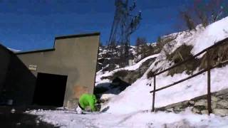 """Henrik Harlaut"" Extreme Skiing"