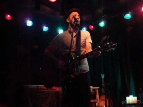 Mat Kearney - Girl America (Live Acoustic)...