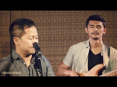 Indra Lesmana & Friends ft. Sandhy Sondoro - Tentang Perasaanmu @ Mostly Jazz Bali 11/09/2016 [HD]