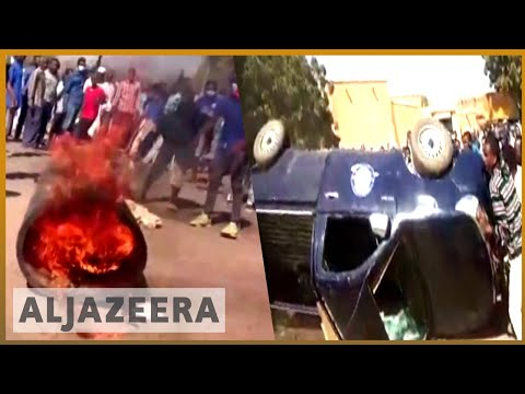🇸🇩 Sudan: Mourners attending protester