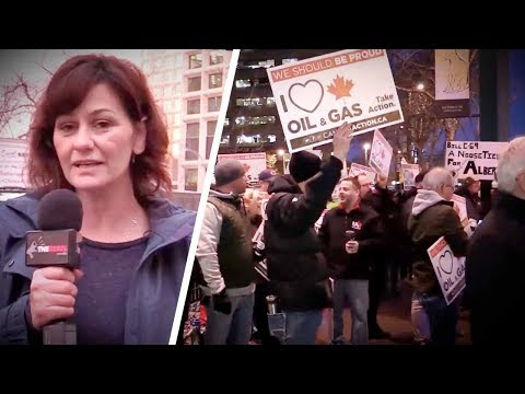 Liberal Minister greeted by pro-pipeline protesters in Edmonton   Sheila Gunn Reid
