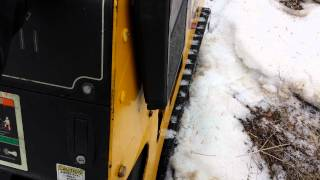 Boxer 526dx Mini Skidsteer Loader Running With Grapple Tongs.