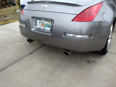 2008 nissan 350z stock exhaust reving - youtube