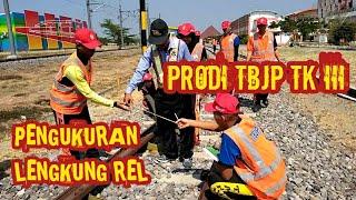 Vlog #76 API MADIUN Praktek Pengukuran Lengkung Rel Kereta #Prodi TBJP TK III