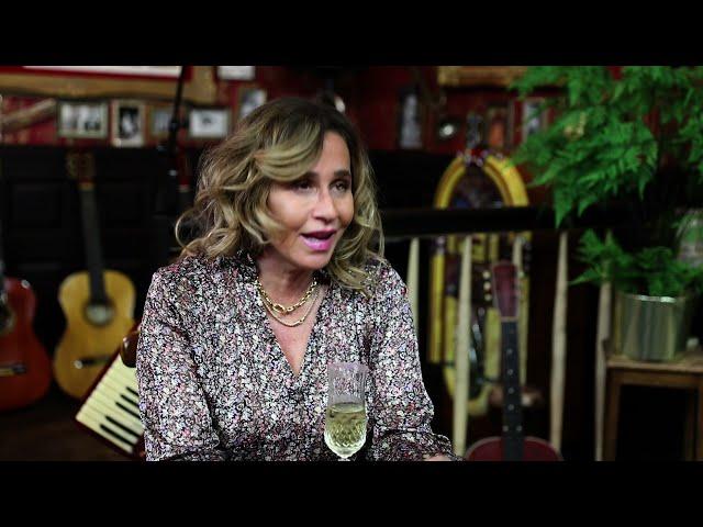 Life is Beautiful S23 afl. 10 - Kijkersvraag van Mandy voor @ConchitavRooij #LifeIsBeautiful