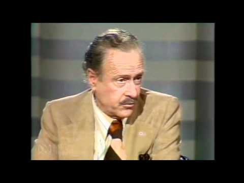 Marshall Mcluhan Full lecture: The medium is the message - 1977 part 3 v 3