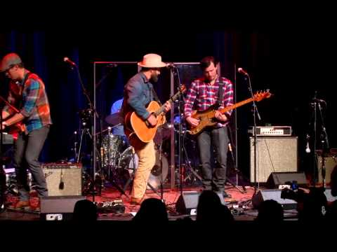 Drew Holcomb and The Neighbors - Here We Go (eTown webisode #787)