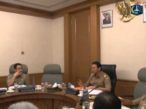 03 Jun 2014 Plt. Gub Basuki T. Purnama memimpin Rapat TPUT