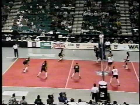 11 Wahine Volleyball g3