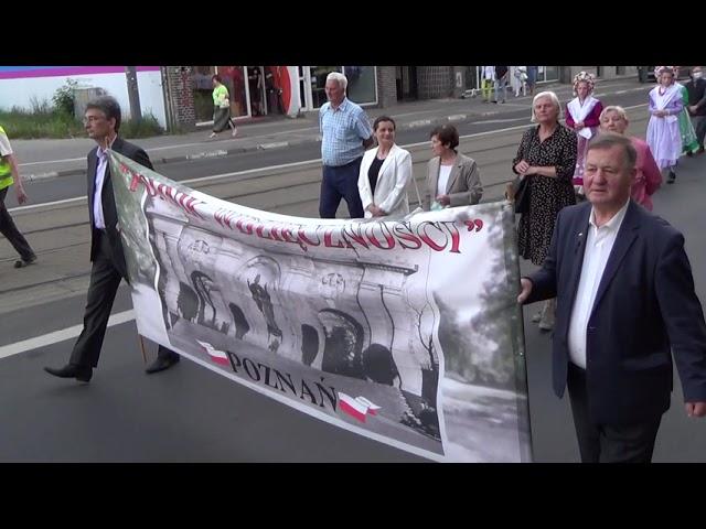 Szli ulicami Poznania