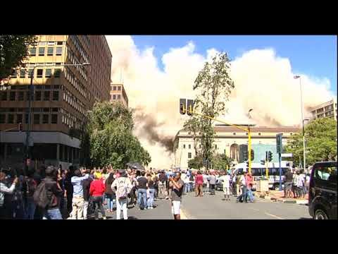 Johannesburg's Bank of Lisbon building implosion