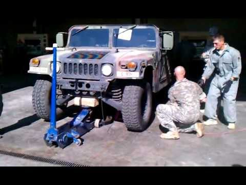 Hhb 1 43 Humvee Tire Change Competition Youtube