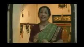 NORTN INDIAN WOMEN SINGING MAPILA SONG (APPANGAL EMBADUM)