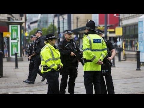 أخبار عالمية | #بريطانيا : إخلاء مقر نقابات العمال بسبب التهديد بوجود #قنبلة  - 14:22-2017 / 9 / 11
