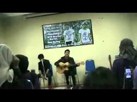 MnG Rio at Bandung2 with Brother Acel (perfom Rio 'RiSE Cinta Pertama dan Terakhirku')