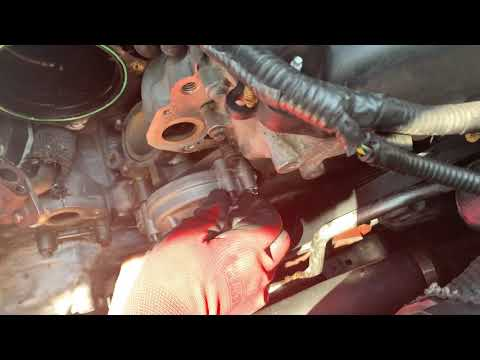 Jaguar xj8 2006 water pump and thermostat assembly replacement