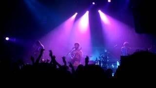 foals - milk & black spiders (live in dublin - the academy - 01.03.13)